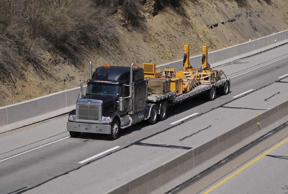 Avoid Downtime by Keeping Your Heavy Equipment Transporters Maintained